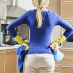 PREPARE HOUSE FOR SALE Lady cleaning Online House values
